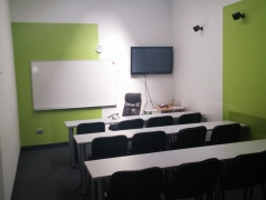 OFFICE GREEN ROOM